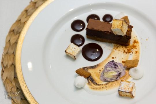 Burnt Marshmallow   spiced dark chocolate ganache, S'more brownie, homemade graham cracker, torched vanilla marshmallow, Ontario blueberry ice cream, sponge toffee dust