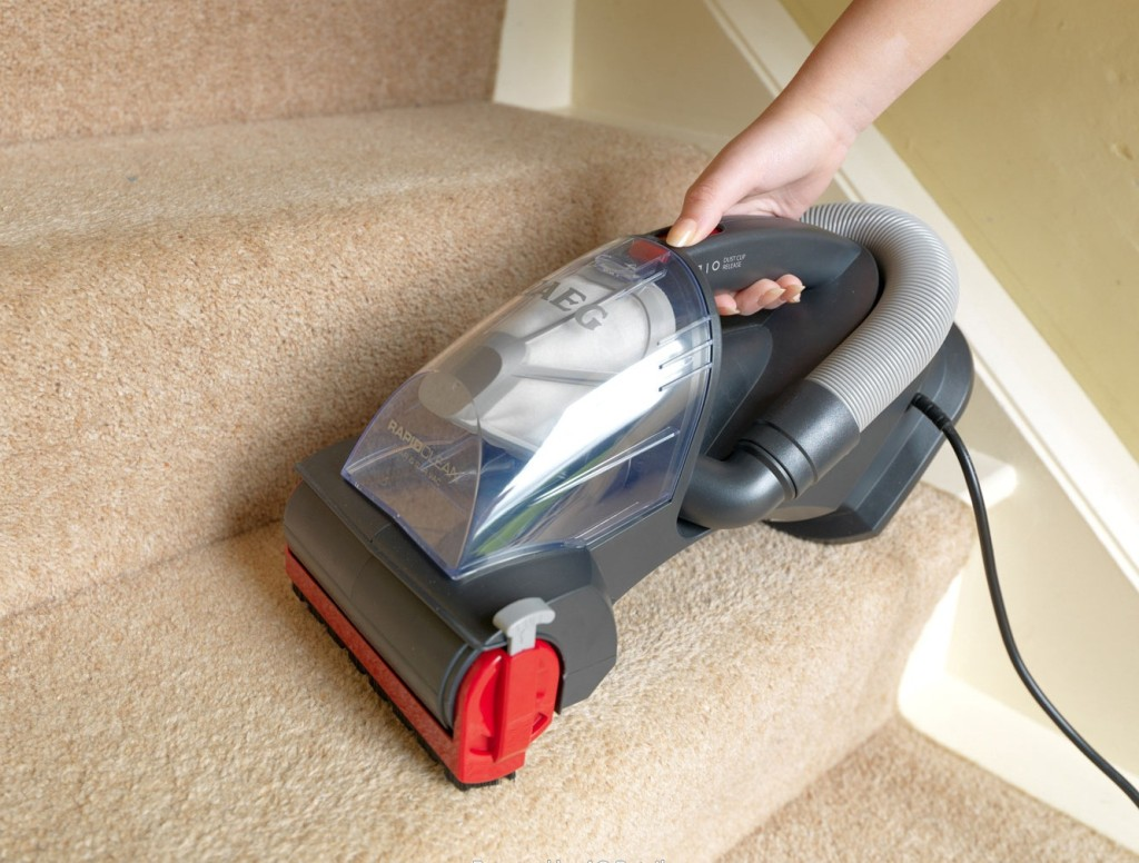 Best Vacuum For Stairs Top Rated For Carpeted And Hardwood Best - Highest rated vacuum for hardwood floors