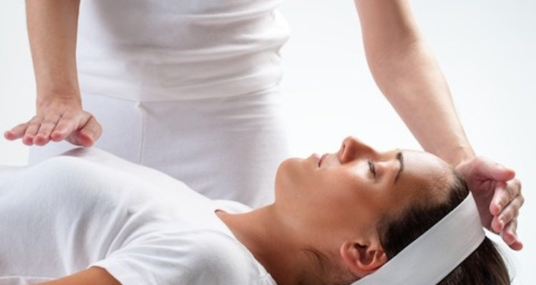 A Step By Step Guide To Becoming A Professional Reiki Practitioner