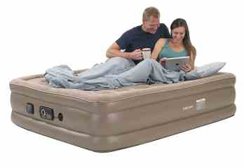 Top 10 Best Air Mattresses For Long Term Use Review In 2020