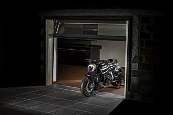 krugger-xdiavel-garagem