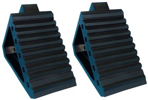 ym-w4194-solid-rubber-wheel-chock-with-handle-best-rv-wheel-chocks