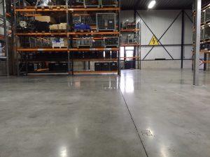 Raalte polijsten en impregneren betonvloer1