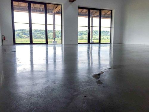 gepolijste betonnen vloer