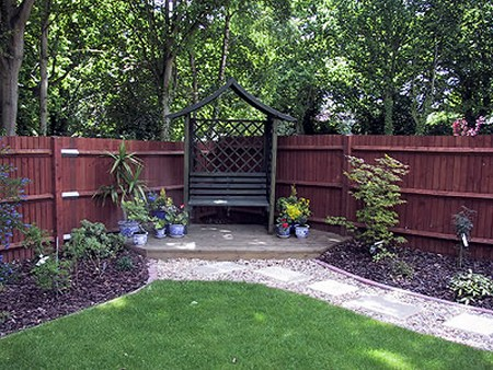 Best Way to Get Color into a Shady Corner of the Garden on Shady Yard Ideas id=36347