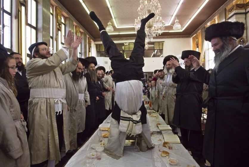 Purim in Meah Shearim