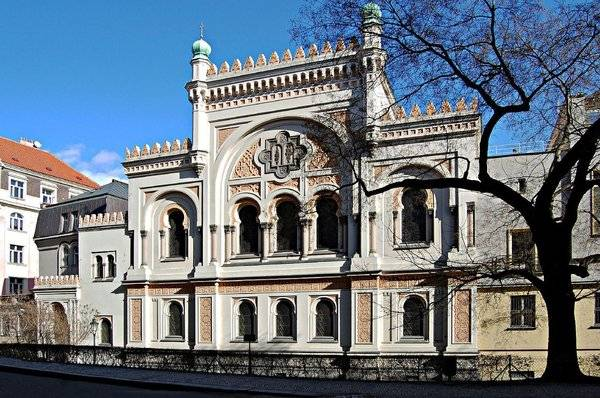 josefov-prague-spanish-synagogue