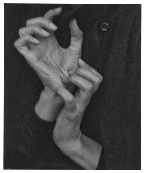 Alfred Stieglitz, Georgia O'Keefee - Hands, 1919, Photograph