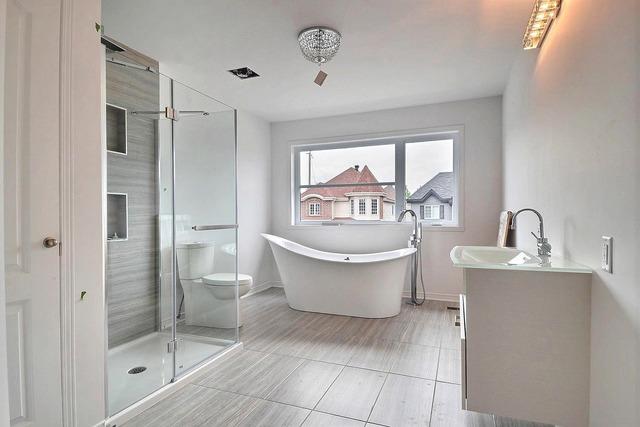 maison neuve condo neuf laval 20