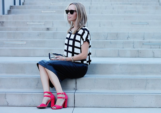 black and white outfits, pop of color, window pane print shirt, boohoo shirt, red sandals, strappy sandals, strappy heels