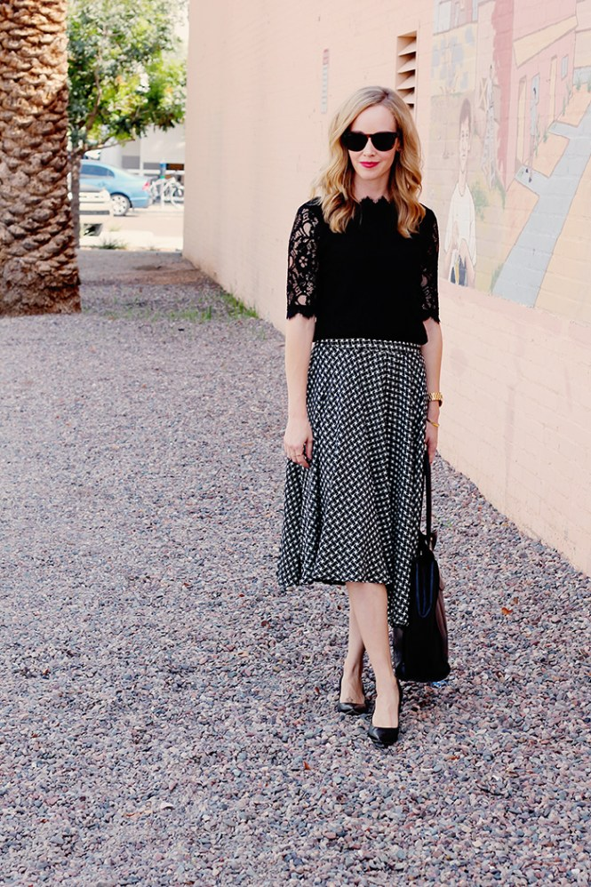 lace top, lace blouse, black blouse, style for mom, mom style blog, midi skirt, black and white midi skirt