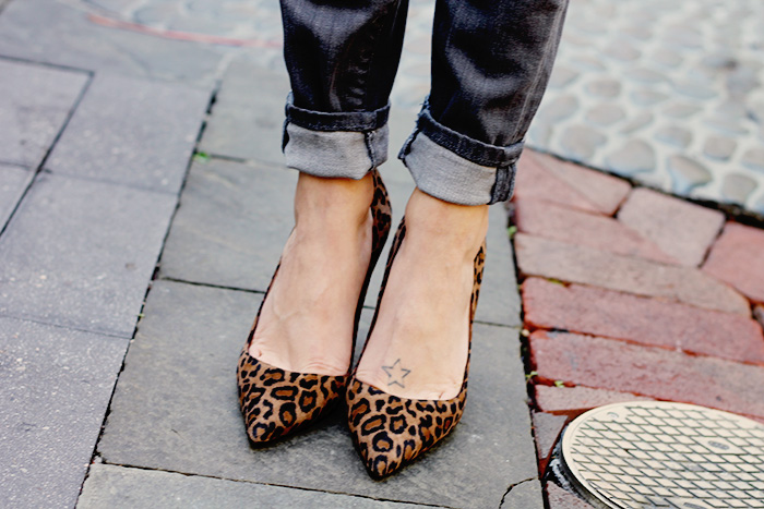 Manolo Blahnik BB Pump in Leopard