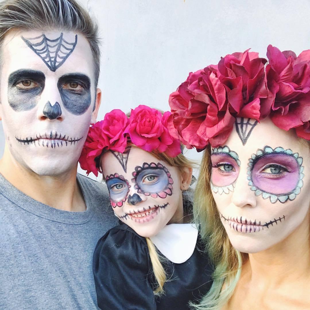 dia de los muertos family makeup