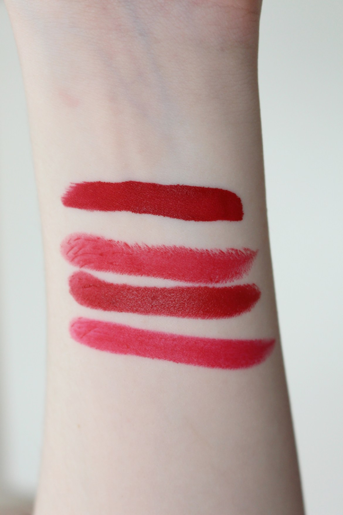 Top 4 Red Lipsticks CT Minis Fenty Beauty MAC Ruby Woo Swatches