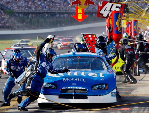 Pit Crew - NASCAR Nextel Cup Series Coca-Cola 600