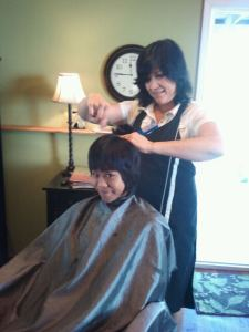 Lori Mills Headlines Hair Studio
