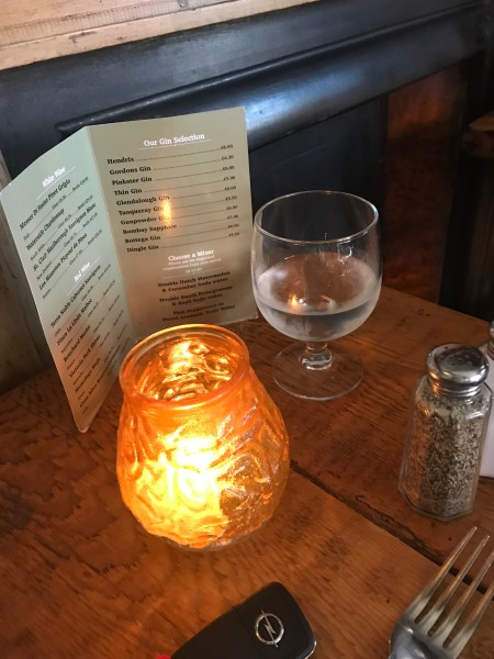 Killorglin restaurant table lamp