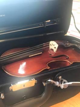 Leah's new, pretty violin
