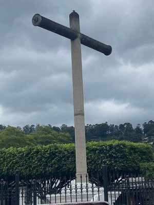 cross at La Merced church