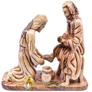 Large Olive Wood Jesus Washing Feet For His Disciples from Jerusalem