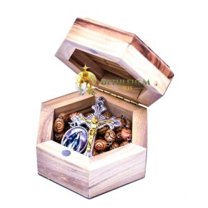Bethlehem Star Wooden Box with Rosary from the olive wood of Bethlehem