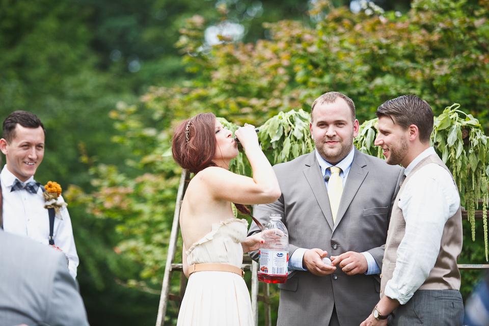 Liz-matt-DIY-harry-potter-farm-wedding-Camas-Washington-Betholsoncreative-004