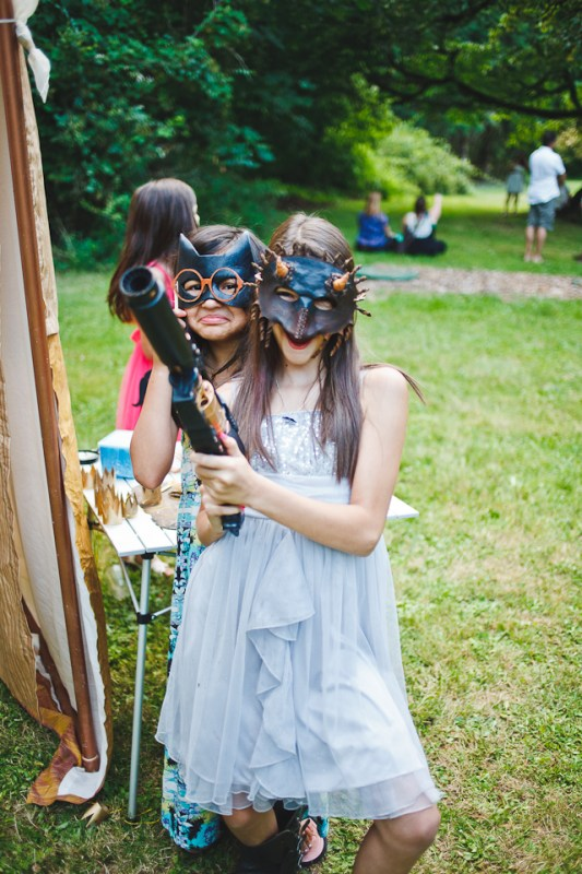 cristina-matt-steampunk-wedding-champoeg-park-betholsoncreative-005
