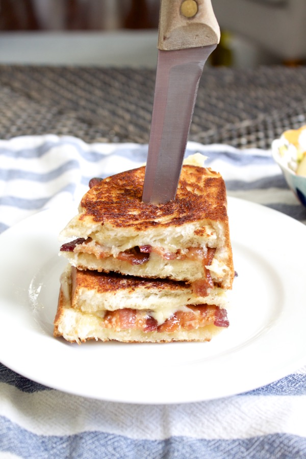 Bacon grilled cheese is a faster than fast food meal that makes an ordinary grilled cheese sandwich extra special!