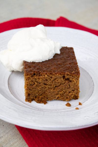 old-fashioned-gingerbread-with-whipped-cream