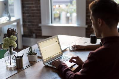 Gain Flexibility by Becoming a Freelance Translator