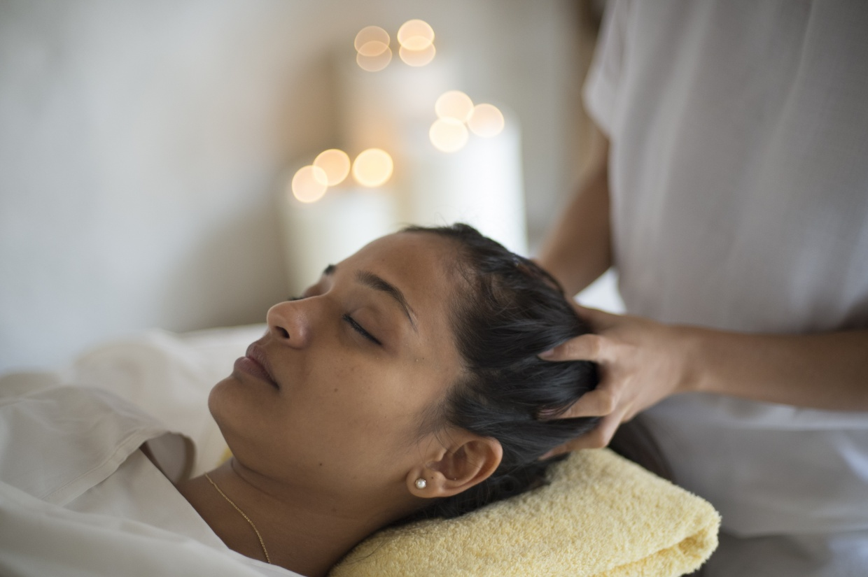 Kopf Massage Six Senses Zighy Bay