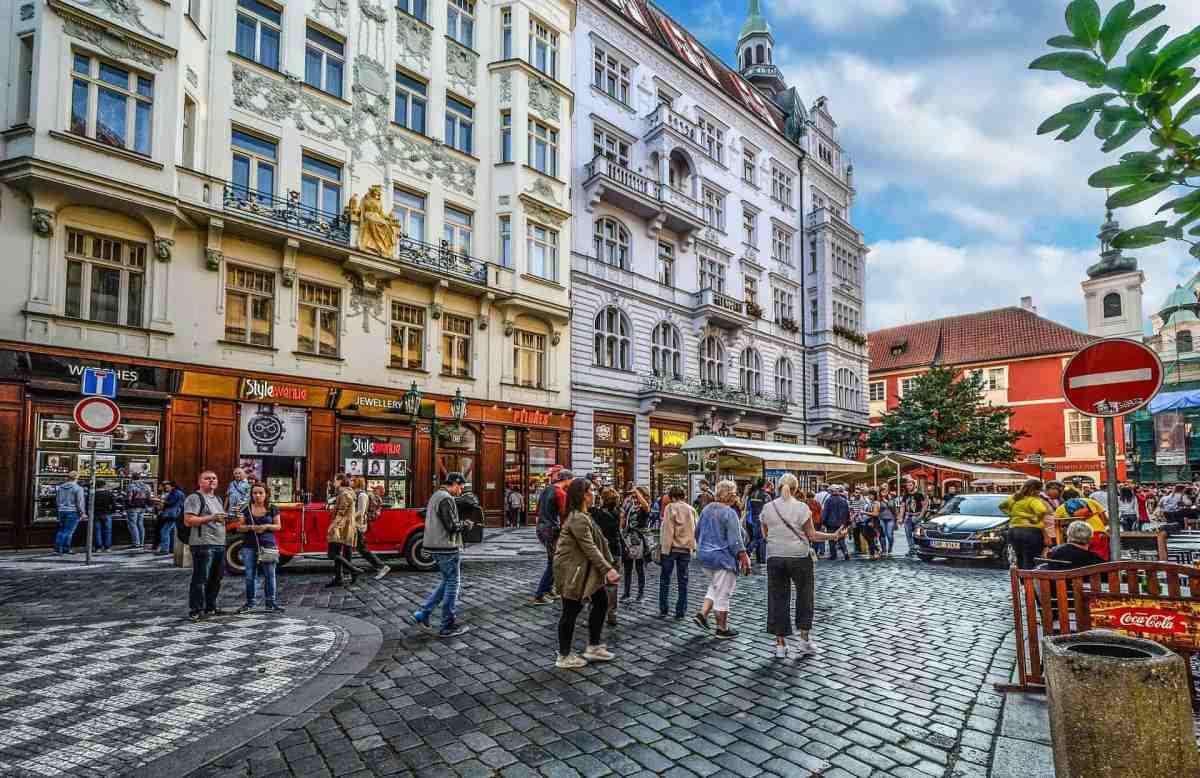 Straßencafes in Prag