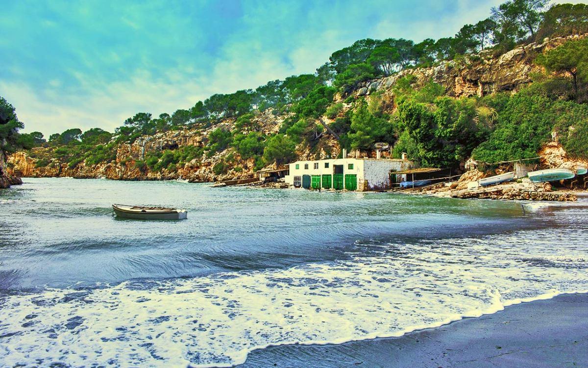 Wunderschöne Wandermöglichkeiten in der Bucht von Palma