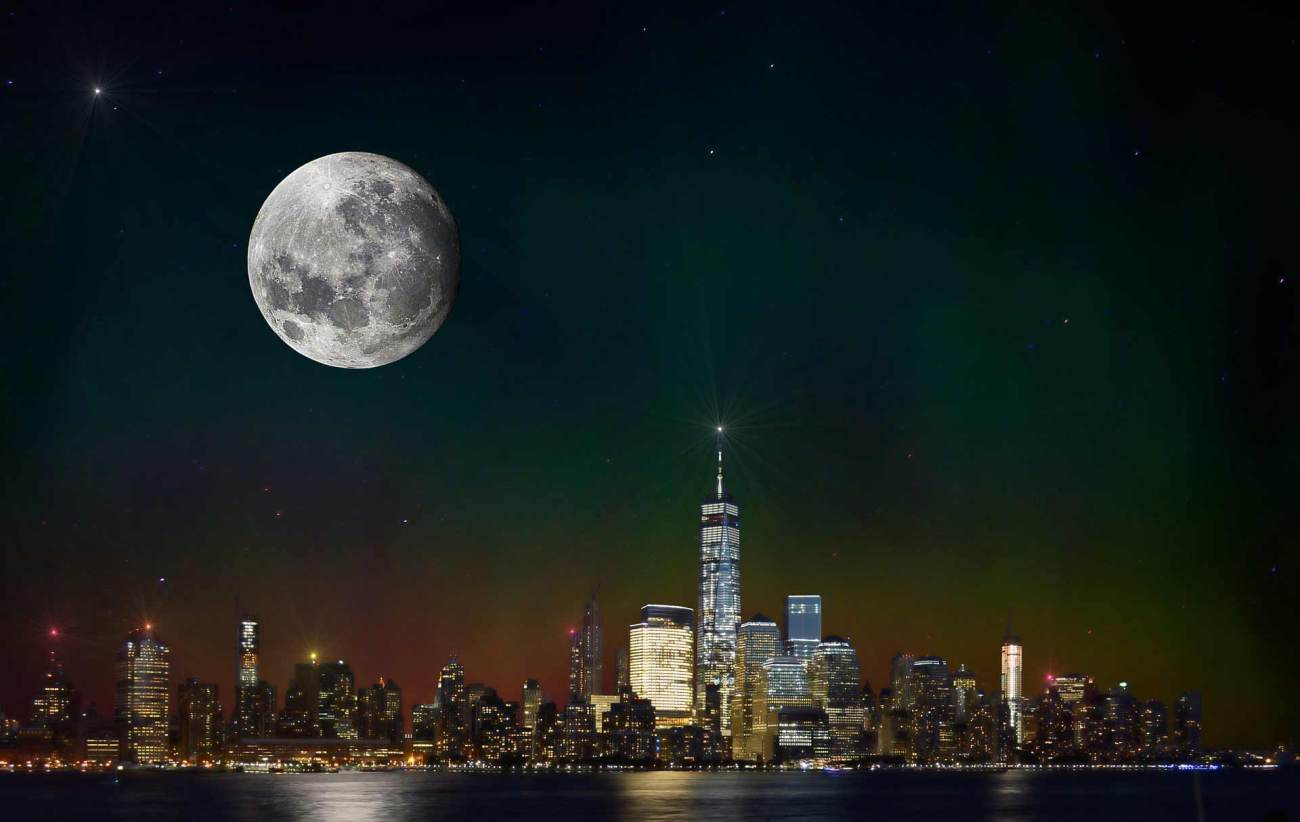 Fullmoon Skyline New York