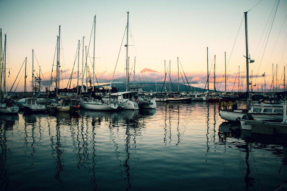 Der Hafen Ponte Delgada