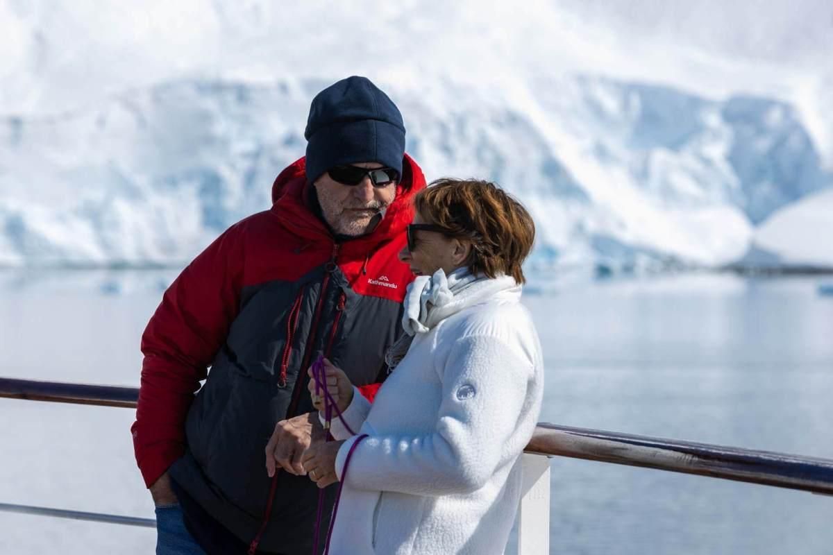 Zaungäste an Bord der Le Soleal, Neko Harbour, Antarktis