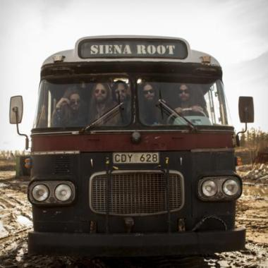 Siena Root on the Tourbus