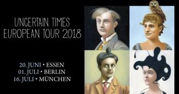 King Crimson - Banner für die Uncertain Times-Tour