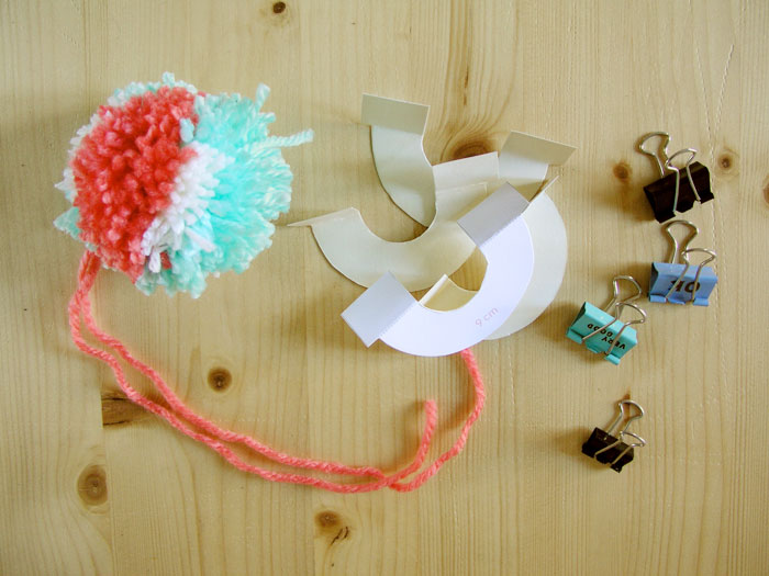 Remove template and clips from pompom