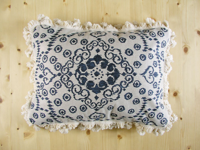 Morocco Style cushion with filling