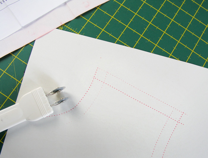 Pattern and seam allowance marked in the same step    Betsy Sewing