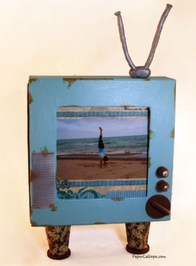 Retro-TV-Shadow-Box-Exterior-by-Paper-Calliope-web