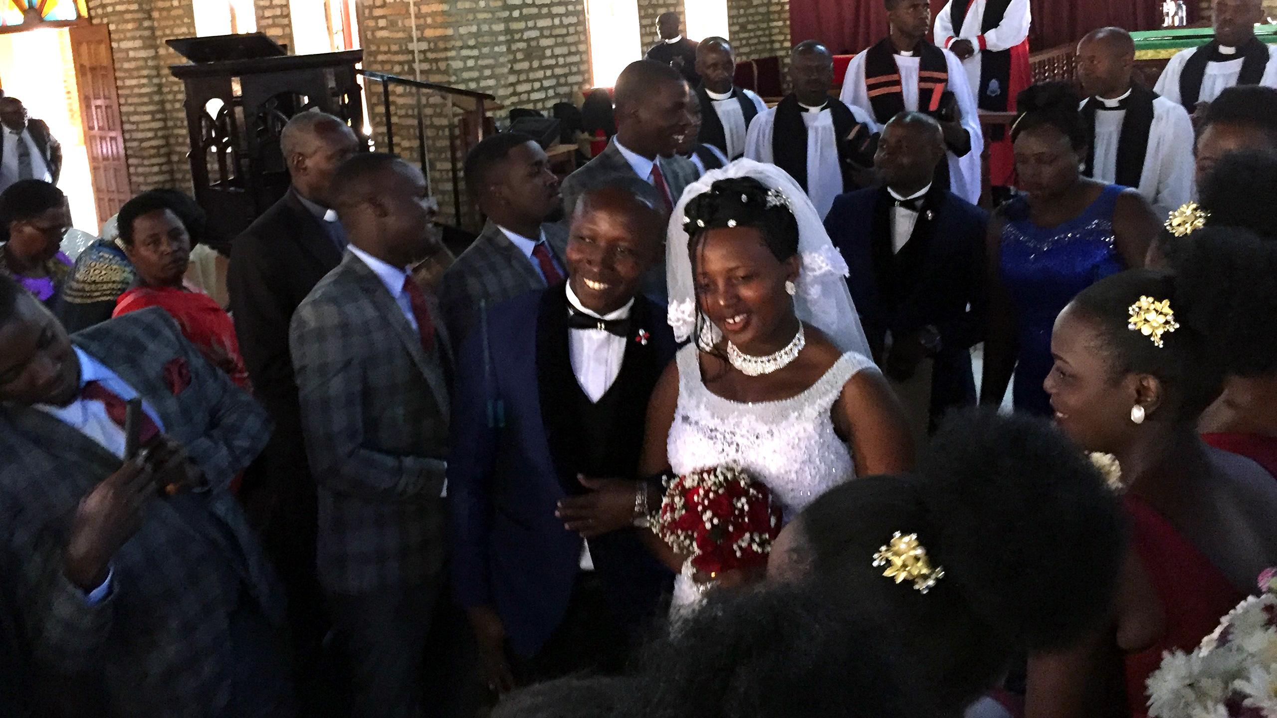 Eingeladen zu einer ugandischen Hochzeit
