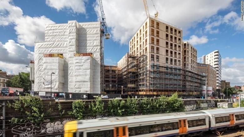 Trä används vid husbygge i London