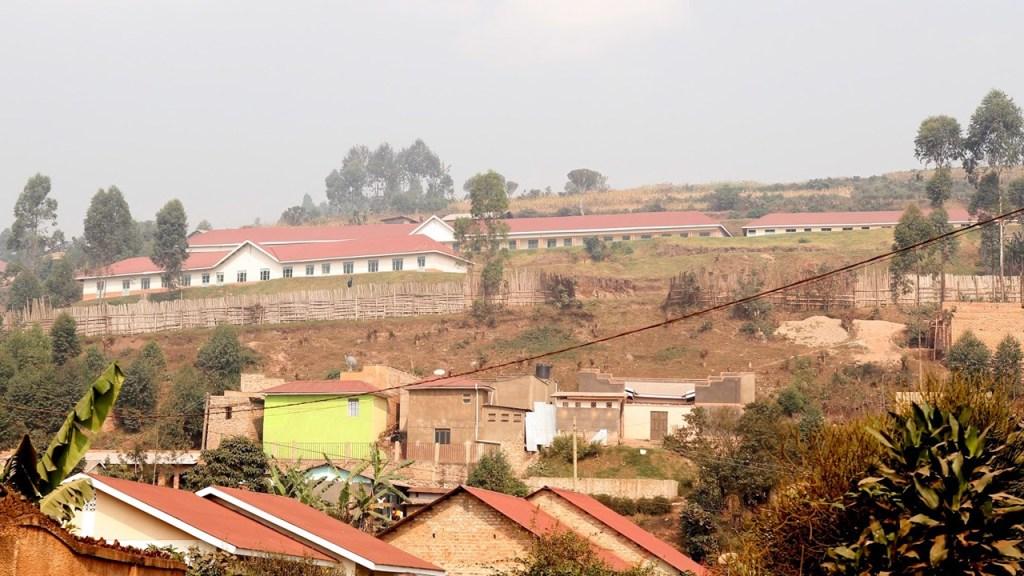 Arkivbild: Höjden i Kabale där skolorna finns, 170713