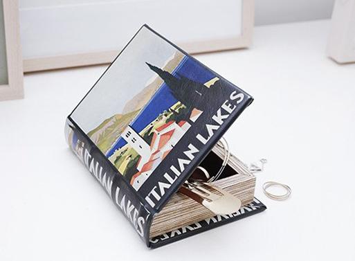 Italian Lakes Book Box