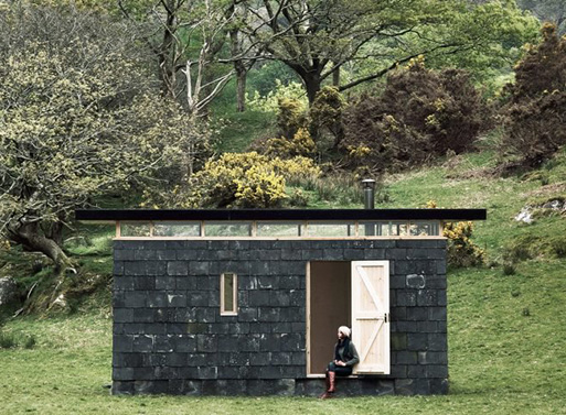 Slate-covered writer's retreat by TRIAS