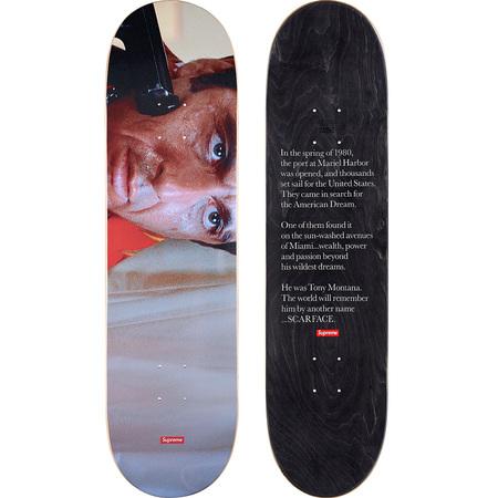Scarface™ Shower Skateboard (8.625