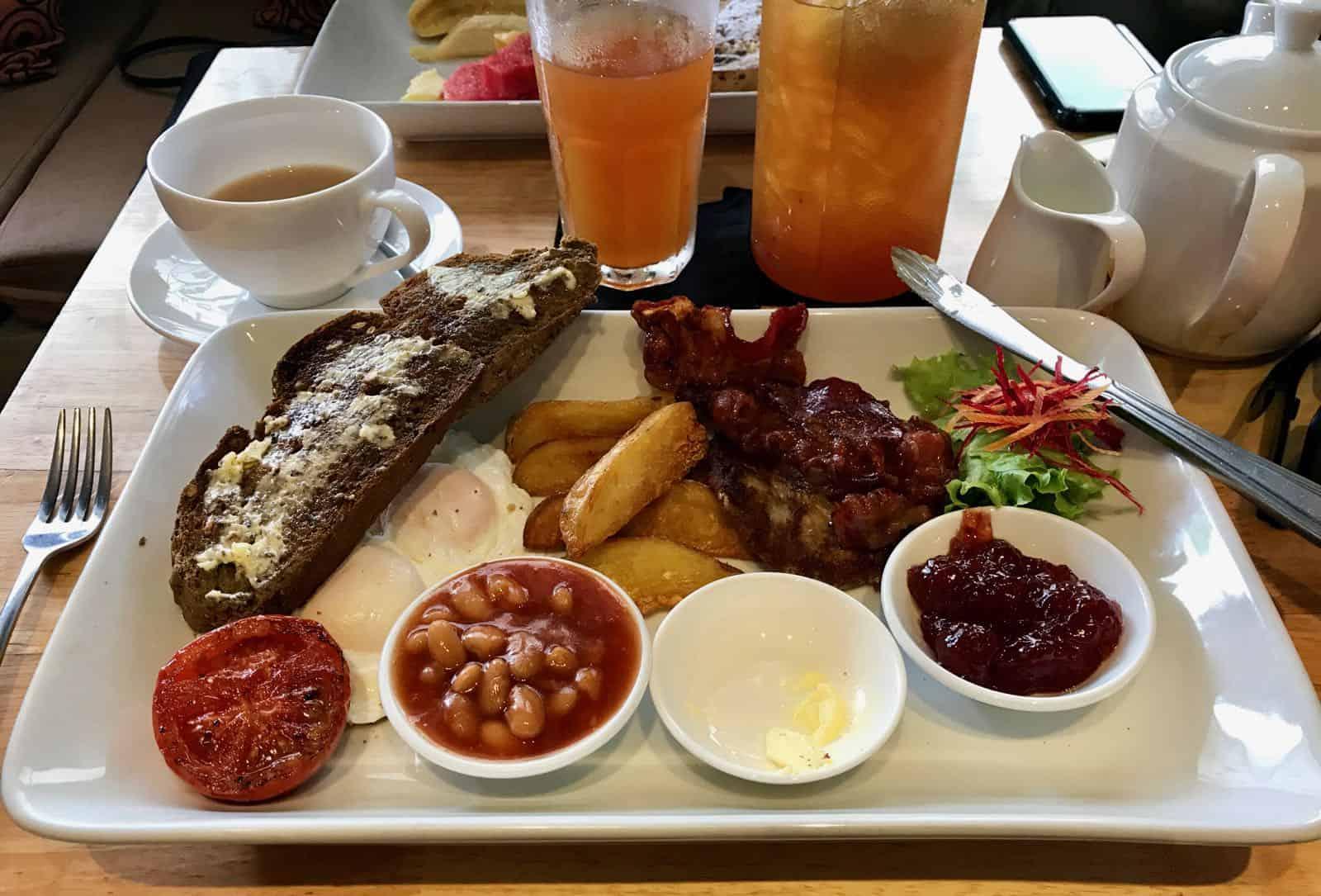 Dingo Deli breakfast Hoi An Vietnam betternotstop