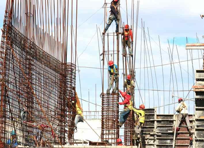 construction worker job description